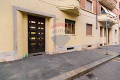 One-bedroom Apartment of 45m² in Via Pianfei 4
