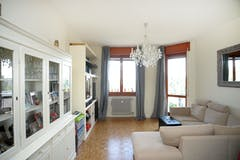 Two-bedroom Apartment of 95m² in Via Val d'Ossola 2