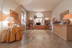 Two-bedroom Apartment of 135m² in Via Ruggiero Settimo 2