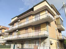Two-bedroom Apartment of 90m² in Via Endimione