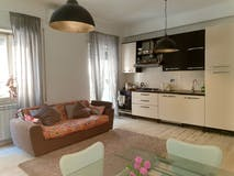 Two-bedroom Apartment of 90m² in Via Federico Ozanam