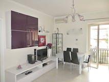 Two-bedroom Apartment of 80m² in Via Adriano Ferraresi