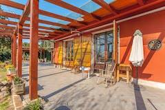 Multi-bedroom Villa of 320m² in Via Sersale