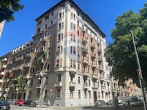 Four-bedroom Apartment of 206m² in Corso Re Umberto 78