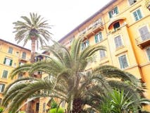 Three-bedroom Apartment of 150m² in Via Bormida