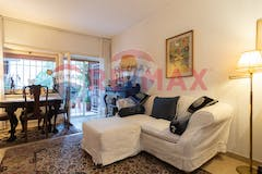Two-bedroom Apartment of 100m² in Viale Del Tintoretto 88