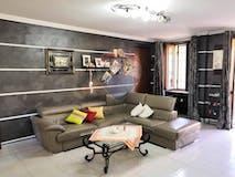 Two-bedroom Apartment of 105m² in Via Crissolo 5