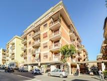 Two-bedroom Apartment of 85m² in Viale di Villa Pamphili