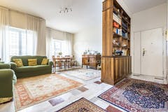 Two-bedroom Apartment of 110m² in Via Gallese 18