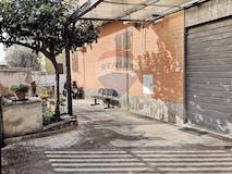 Three-bedroom Apartment of 110m² in Via Simone da Genova