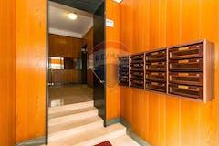 Two-bedroom Apartment of 73m² in Via Cibrario 44