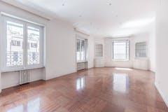 Four-bedroom Apartment of 220m² in Via Principessa Clotilde 2