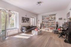 Studio of 170m² in Via Gualtiero Castellini 12