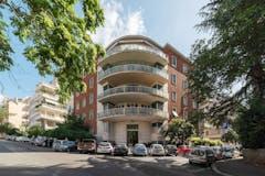 Multi-bedroom Apartment of 380m² in Via Dei Monti Parioli