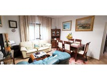 Two-bedroom Apartment of 90m² in Via Lorenzo Ellero