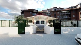 Casa indipendente di 220m² in Via Anagnina