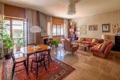 Three-bedroom Apartment of 177m² in Via Bernardo Barbielli Amidei