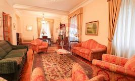 Three-bedroom Apartment of 160m² in Via Di Sant'angela Merici 16