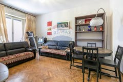 Two-bedroom Apartment of 90m² in Via Messina 23