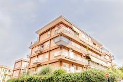 One-bedroom Apartment of 65m² in Via Teresa Gnoli 54