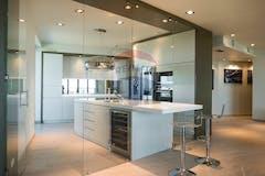 Three-bedroom Apartment of 210m² in Via Giorgio Ribotta 21