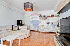 Two-bedroom Apartment of 75m² in Via Gasperina