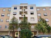 Three-bedroom Apartment of 110m² in Via Amico Aspertini