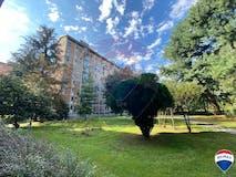 Two-bedroom Apartment of 90m² in Via Luigi Chiarelli