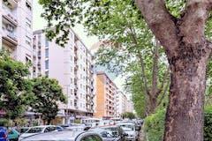 One-bedroom Apartment of 65m² in Circonvallazione Ostiense 235