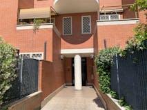 Three-bedroom Apartment of 88m² in Viale Franco Angeli