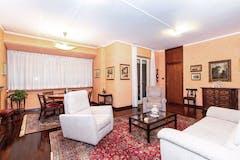 Three-bedroom Apartment of 210m² in Corso Galileo Ferraris 2