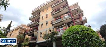 Two-bedroom Apartment of 75m² in Via Raffaele De Cosa