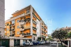 Quadrilocale di 143m² in Via Luigi Credaro