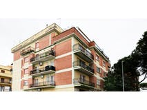 Two-bedroom Apartment of 91m² in Via Vibio Mariano