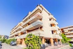 One-bedroom Apartment of 41m² in Via Giorgio De Lullo
