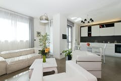 Two-bedroom Apartment of 100m² in Via Francesco Cigna 119