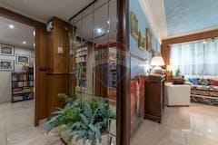 Three-bedroom Apartment of 127m² in Via Giggi Pizzirani