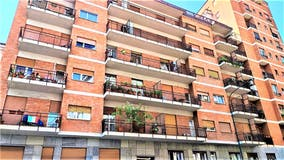 Two-bedroom Apartment of 95m² in Via Vincenzo Lancia