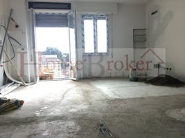 Two-bedroom Apartment of 75m² in Via Fra Bartolommeo 48