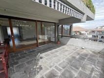 Four-bedroom Apartment of 171m² in Via dei Colli della Farnesina 144