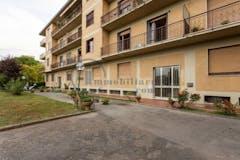 Three-bedroom Apartment of 165m² in Via Della Loggetta