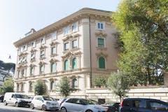 Three-bedroom Apartment of 128m² in Via Emilio de Cavalieri