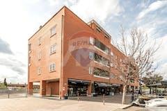 Two-bedroom Apartment of 92m² in Via Ferruccio Amendola