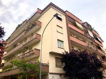 Two-bedroom Apartment of 95m² in Via Edoardo Jenner