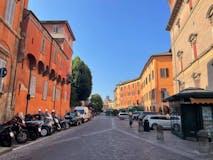 Three-bedroom Apartment of 250m² in Piazza Aldrovandi