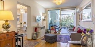 Two-bedroom Apartment of 120m² in Via Portuense 101