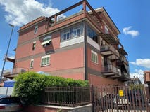 Two-bedroom Apartment of 160m² in Via Siculiana