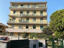 Three-bedroom Apartment of 90m² in Via Portuense