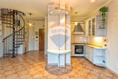Two-bedroom Apartment of 93m² in Viale Cherubino Malpeli